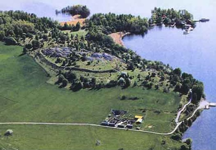 birka_archaeological_site.jpg
