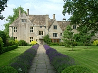 tn_20_avebury_manor_pop.jpg