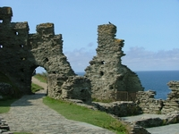 tn_40_tintagel_castle.jpg